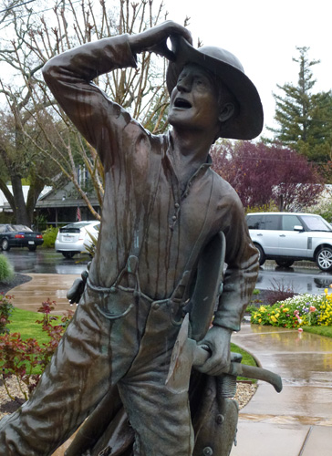 Taste of Yountville - Honorary Firefighters Sculpture